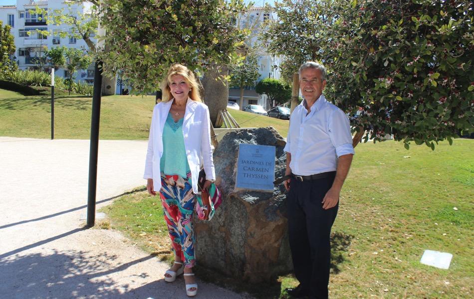 La baronesa Carmen Thyssen visita Estepona y el Parque Botánico-Orquidario